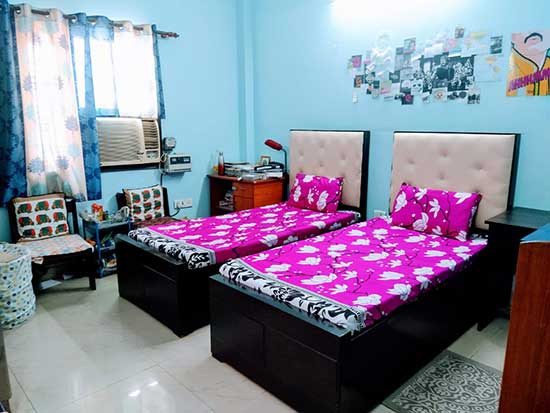 Double AC Room - Marble Flooring (Deluxe) - Student Accommodation